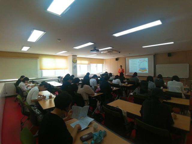 2018-05-02 서울 강남도서관 학부모 프로그램 사진 (8).jpg